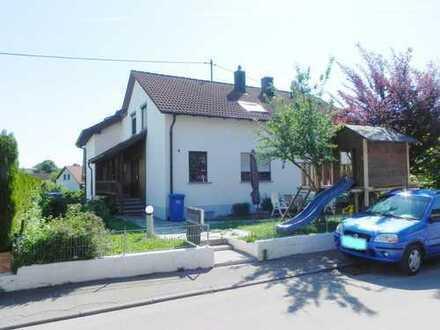 RESERVIERT: Komfortable Wohnung mit eigenem Gartenanteil - hier bin ich zu Hause!
