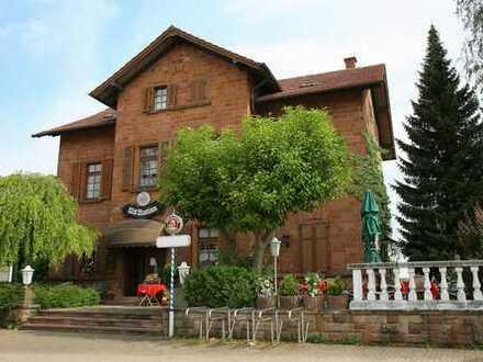Etablierte Gaststätte mit 2 Wohnungen (3-Parteienhaus)