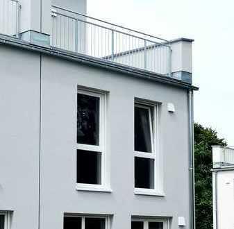 Schöne Doppelhaushälfte mit 5 Zimmern in Berlin Lichtenrade (Tempelhof)zu vermieten Erstbezug!!