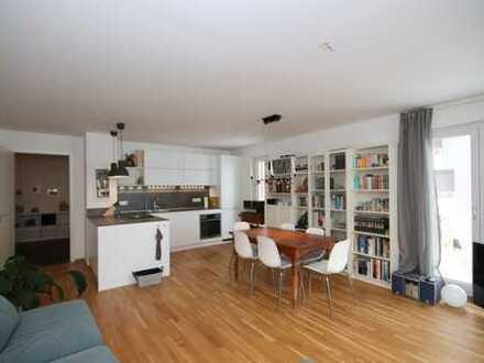 Wunderschön möblierte 2 Zimmer-Wohnung mit Balkon in Karlsfeld