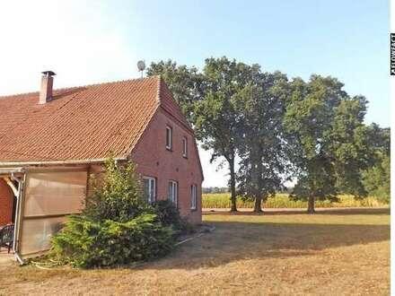 Resthof mit diversen Nebengebäuden in Bissel