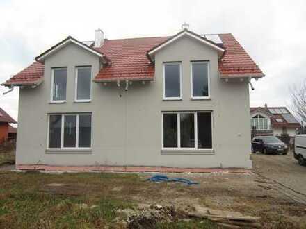 Neubau Doppelhaushälfte mit Solarthermie