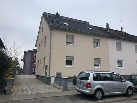 Renoviertes 3-Familienhaus in guter Lage