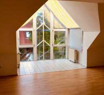 Exklusive 3 Zimmer DG-Wohnung in Top Lage - 700m vom Zwenkauer See 