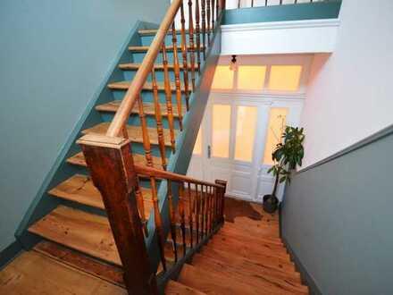 +++ Mitten im Martinsviertel 4 Zimmer Altbauwohnung - Top Saniert - Sofort frei +++