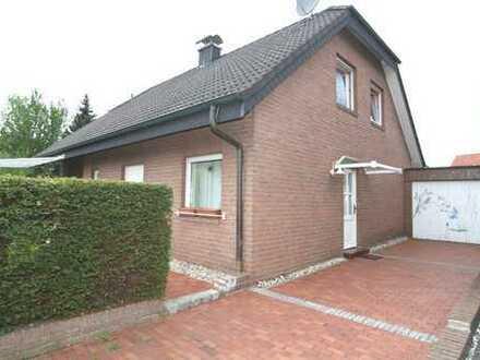 Großes Einfamilienhaus mit Einliegerwohnung und großer Garage in Rheine-Mesum