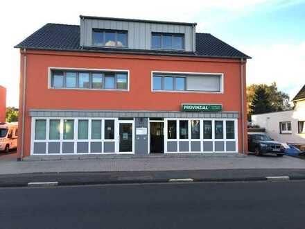 Rheindorf-Süd: Großzügige 2 Zimmer Wohnung DG mit Balkon