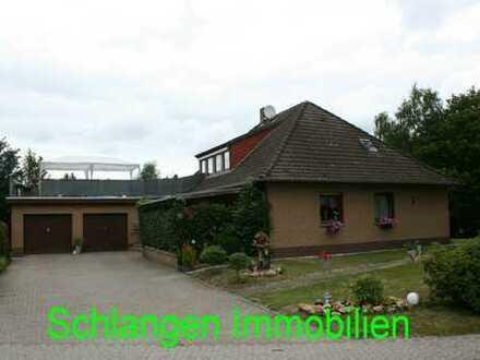 Objekt Nr.: 19/824 Walmdachbungalow mit 2 WE und Doppelgarage in Saterland / OT Scharrel