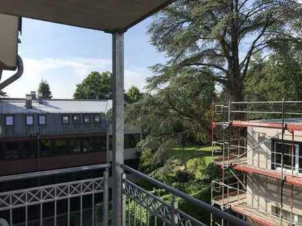 große 4 Zimmerwohnung mit Balkon in guter Lage in Burtscheid