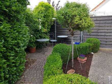 Großzügige 5-Zimmer-Gartenwohnung mit Balkon und Einbauküche in Südliche Weinstraße (Kreis)
