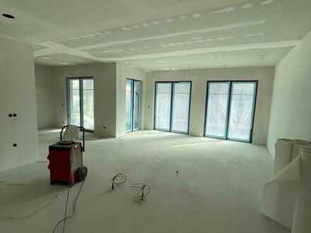 Luxuriöse 3-4 Zimmer Neubau Wohnung (Barrierefrei) ab 01.06.2021 am Godelsberg