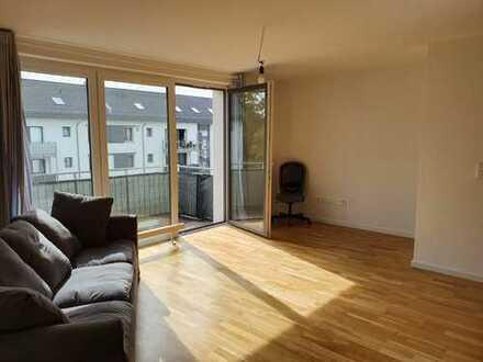 Stilvolle 5-Zimmer-Wohnung mit Balkon in Hanau