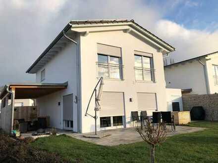 Neuwertiges Haus in Zentraler Lage in Eggenfelden