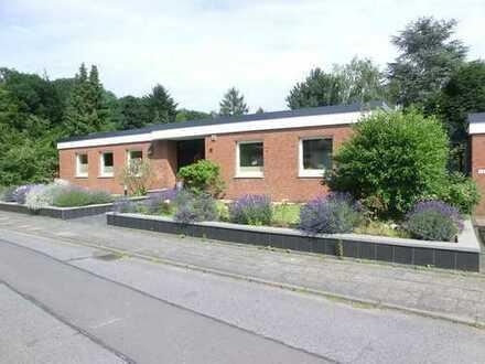 Bungalow in Hürth-Efferen 4-5 Zimmer, schöner Garten, Sauna - von privat