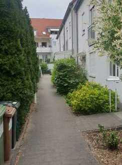 Gepflegtes Reihenhaus mit fünf Zimmern in Rückersdorf
