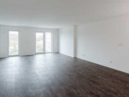 Komfortable moderne und lichtdurchflutete 2-Zimmerwohnung mit Balkon (OG)