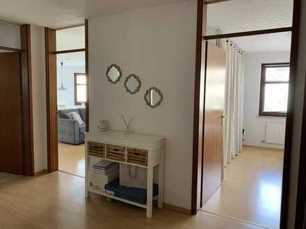 Helle 2-Zimmer Wohnung mit Balkon und EBK in Böblingen