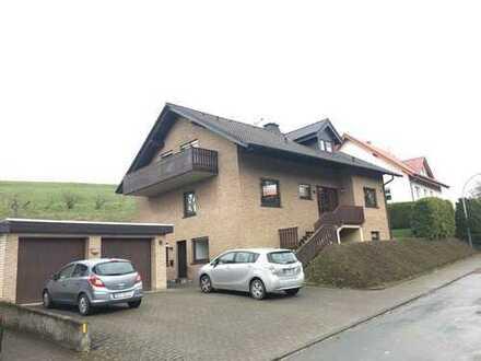 Einfamilienwohnhaus mit Einliegerwohnungund Apartment