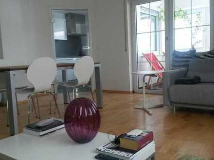 Möblierte lichtdurchflutete 2,5 Zimmer-City-Wohnung im Herzen Kemptens