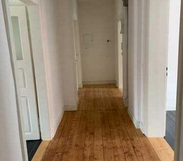 Vollständig renovierte 4-Zimmer-Wohnung mit EBK in Eschwege, Stadtmitte