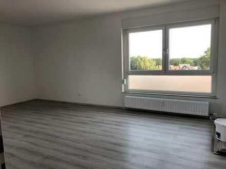 renovierte 3 Zi.-Eigentumswohnung mit Balkon