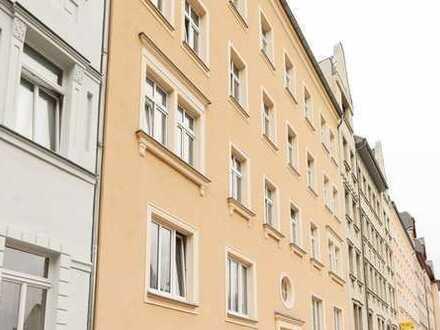 +++ ZENTRUMSNAH & RUHIG -bezugsfreie 2-Raum Wohnung im beliebten Lutherviertel +++