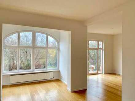 Exklusive und helle 4-Zimmer-Wohnung mit Balkon direkt am Mühlenteich in Eppendorf, Hamburg