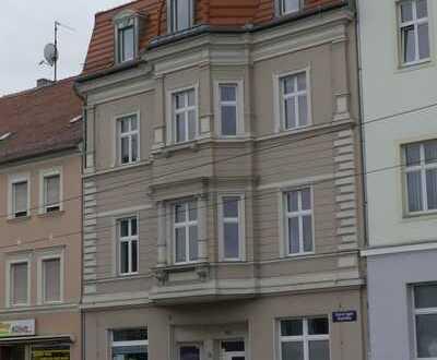 Dachgeschoss in Citylage! 2-Zimmer-Altbau-Wohnung am Brandenburger Platz zu vermieten!