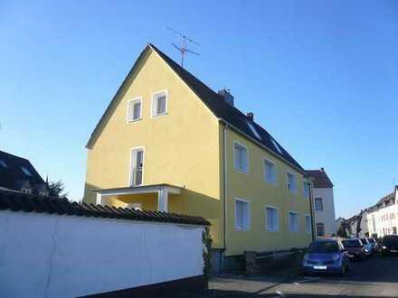 Porz-Ensen * Erstbezug nach Sanierung* 2 Zimmer Wohnung ohne Balkon