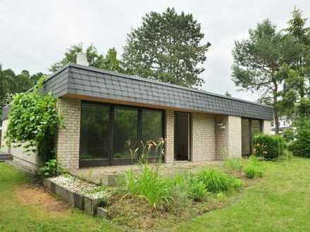 Einfamilienhaus - Bungalow mit Südwestgarten