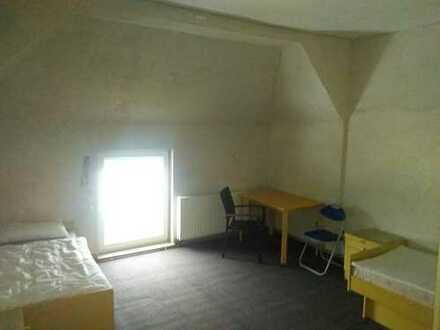 Touristen-,Monteurs-,Arbeiterzimmer