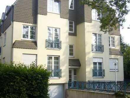 Attraktive Wohnung zwischen Mexikoplatz und Krumme Lanke!