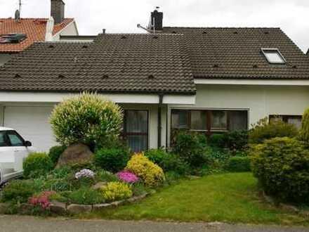 Aufgepaßt – Traumhaus mit viel Grün und Einliegerwohnung