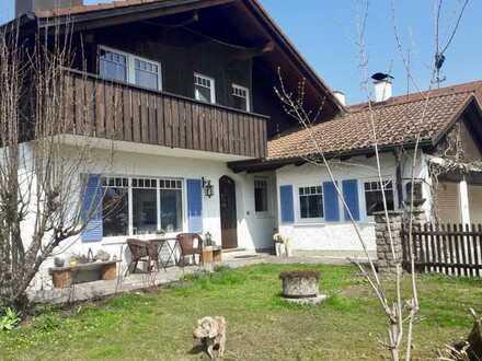 Schönes, geräumiges Haus mit fünf Zimmern in Garmisch-Partenkirchen (Kreis), Unterammergau