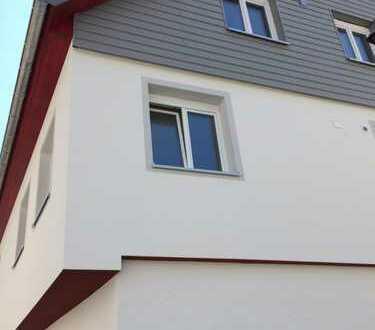 Erstbezug mit Balkon: freundliche 3x 4-Zimmer-Wohnungen in Weingarten mit Blick auf's Schlössle