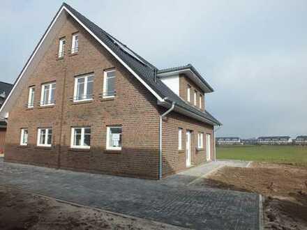 Doppelhaushälfte (Bj. 2015), Bestlage am Lehester Deich, schön angelegtes Grundstück, von privat