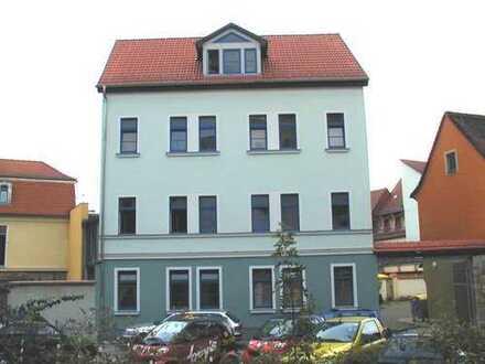 Helle zentrale 1,5-Zimmerwohnung im sanierten Altbau von privat