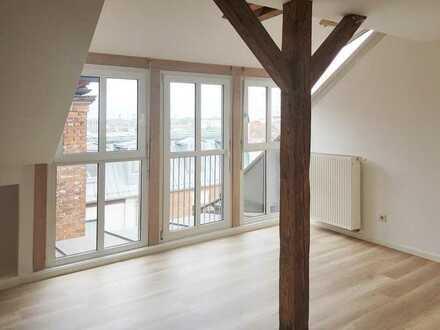 Großzügige Altbauwohnung mit Dachterrasse in Nürnberg zu vermieten