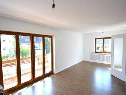 Helle, renovierte 2 1/2-Zimmer-Wohnung in Leinfelden-Echterdingen