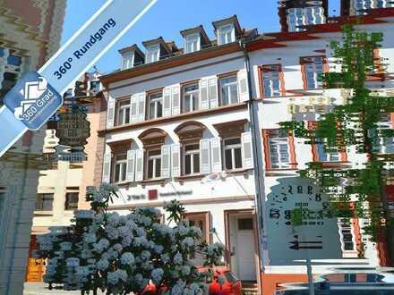 Schmuckstück mit Aussicht: Denkmalgeschütztes Mehrfamilienhaus mit Gaststätte im Herzen der Altstadt