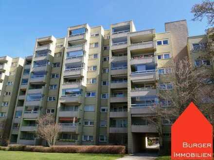 Schöne 3-Zimmer-Eigentumswohnung mit Balkon u. Einzelgarage in gepflegter Wohnanlage in Pforzheim