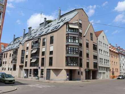 ca. 96 m² Erdgeschoss-Büro- / Praxisfläche in attraktiver Innenstadtlage im Domviertel