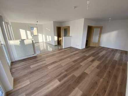 Helle 3 Zimmer 96 m² Wohnung mit Balkon im Süden von Ingolstadt nähe HBF