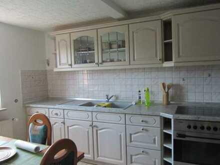 Wohnung mit Einbauküche, Garage und Stellplatz zur Miete mit Ablöse