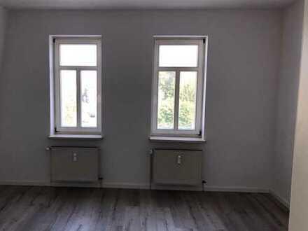 neues Laminat ! 3-Raum-Wohnung im Stadtzentrum