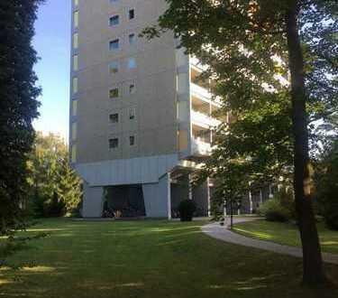Schöne, geräumige ein Zimmer Wohnung in München, Thalkirchen