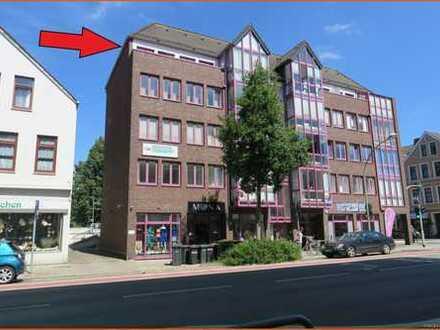 Zentrale, sonnendurchflutete Wohnung 70 m², 3 Zimmer, mit Glasgaube und Südbalkon