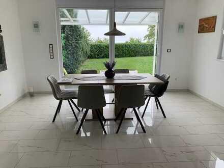 Elegantes Reiheneckhaus mit hochwertiger Ausstattung in ruhiger Wohnlage Wiesbaden!