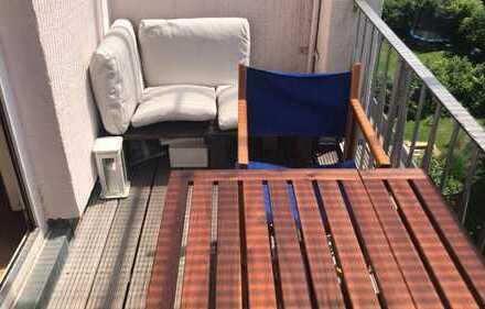 Exklusive 2-Zimmer-Wohnung mit Balkon in Klettenberg, Köln