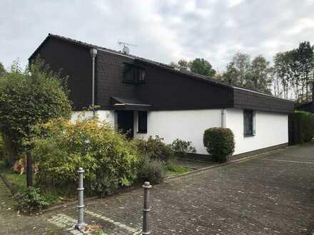Schönes, geräumiges Haus mit sechs Zimmern in Bad Soden am Taunus